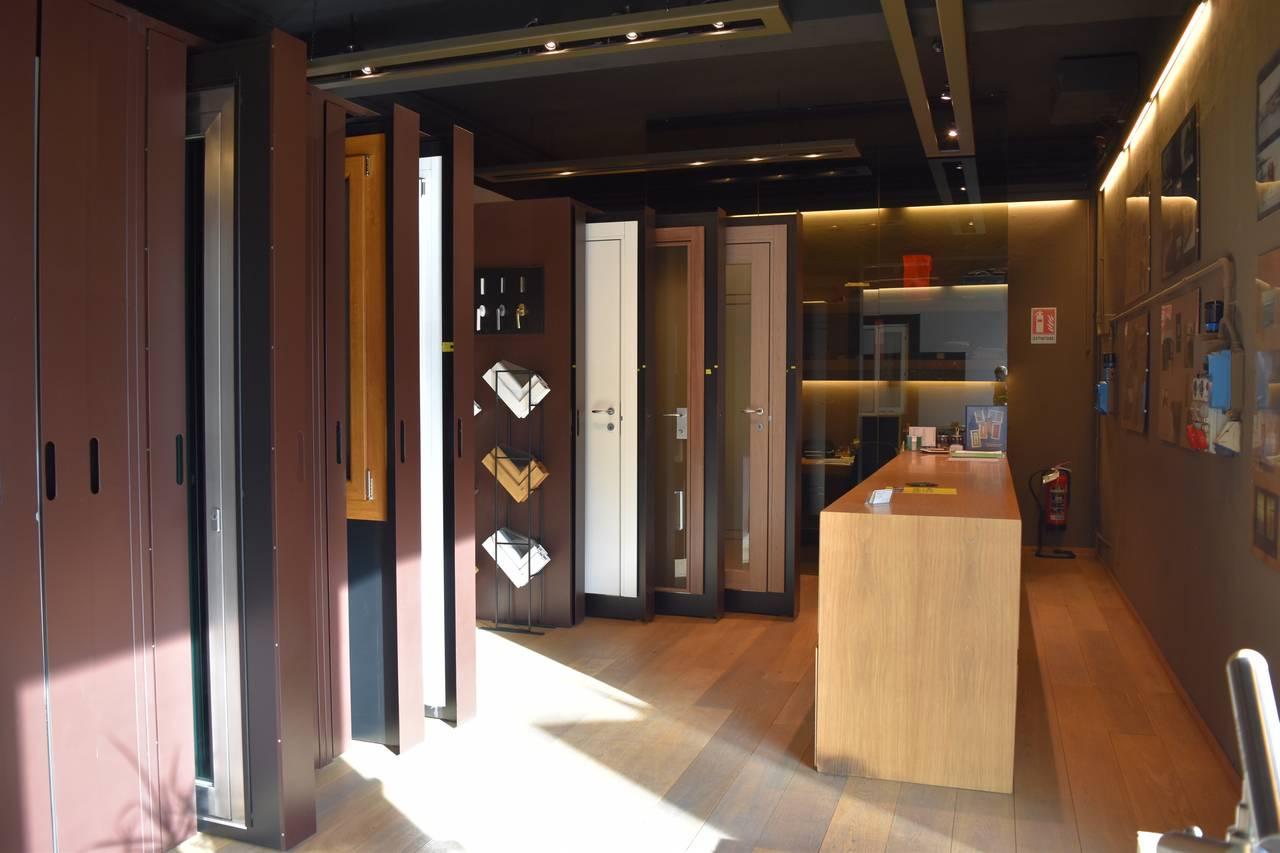 Showroom porte finestre Mozzo serramenti verona